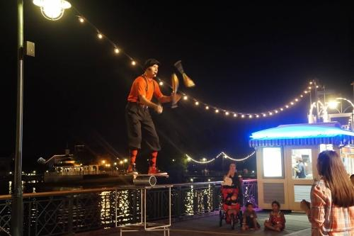 Things to do on the Disney Boardwalk - Watch the Performers