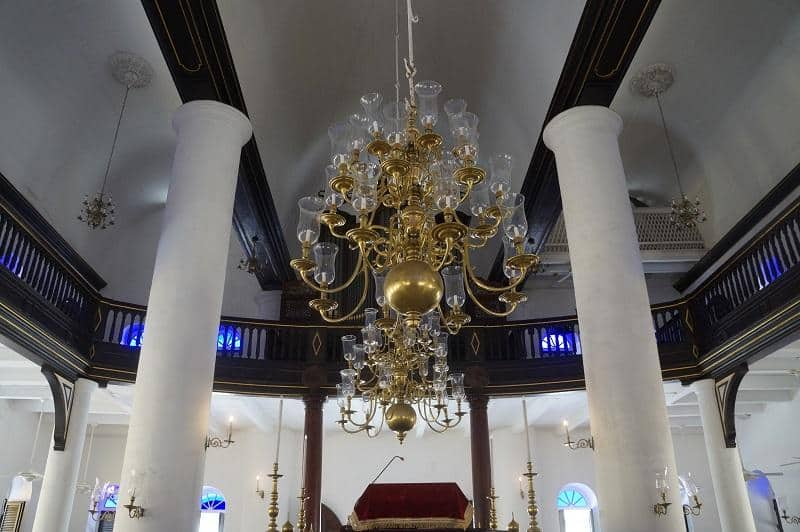Things to do in Curacao - Visit Mikve Israel-Emanuel Synagogue