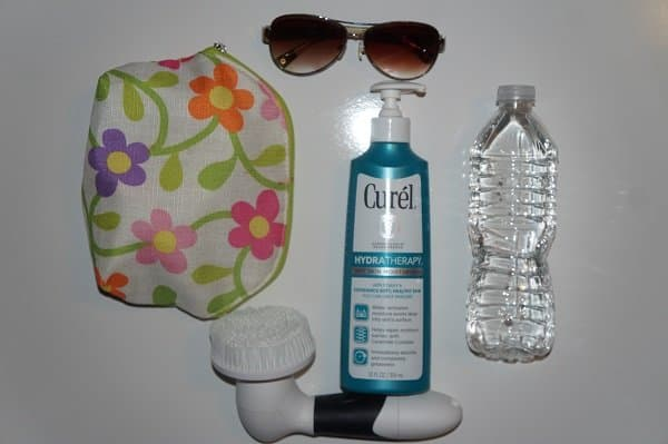 Take Care of Dry Skin on Vacation