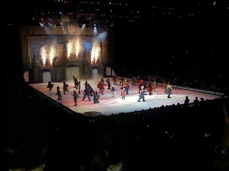 niece and nephew day at Disney on Ice